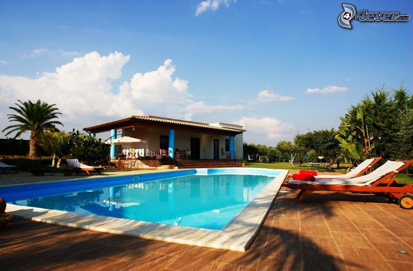 piscina, casa, lettini