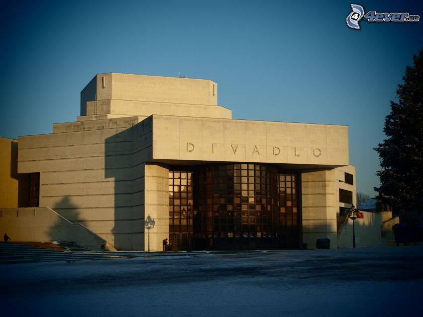 teatro, Nitra