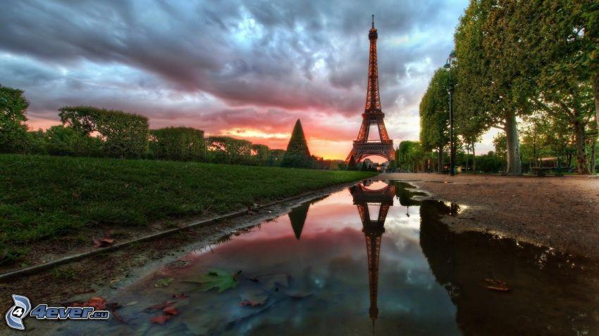 Torre Eiffel, riflessione, il fiume