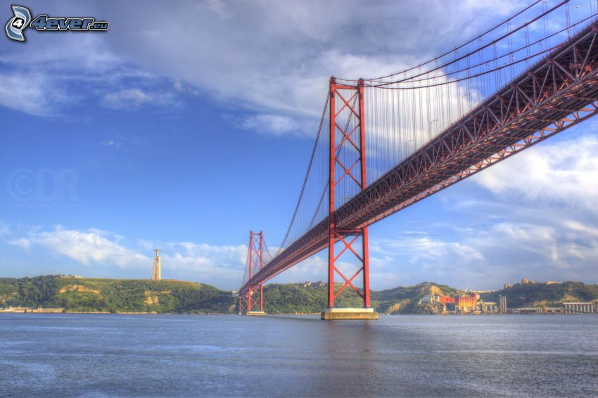 25 de Abril Bridge, croce, Lisbona
