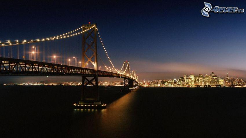 Bay Bridge, San Francisco, città notturno