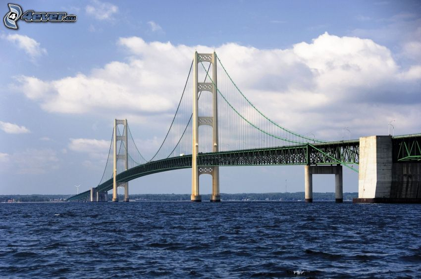 Mackinac Bridge, mare