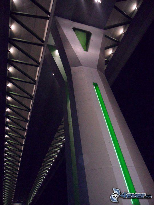 ponte dell'autostrada, Považská Bystrica, notte