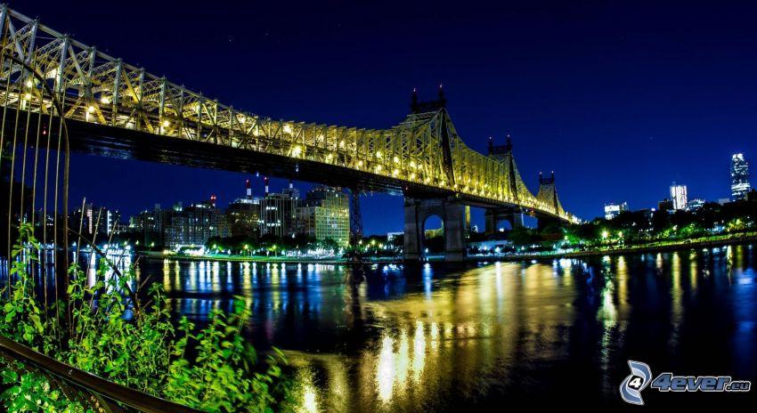 Queensboro bridge, città notturno