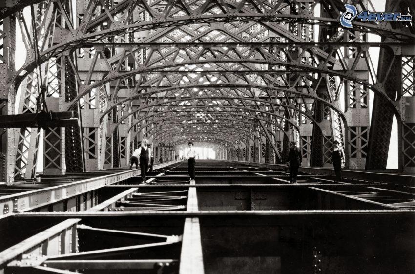 Queensboro bridge, gente, foto in bianco e nero