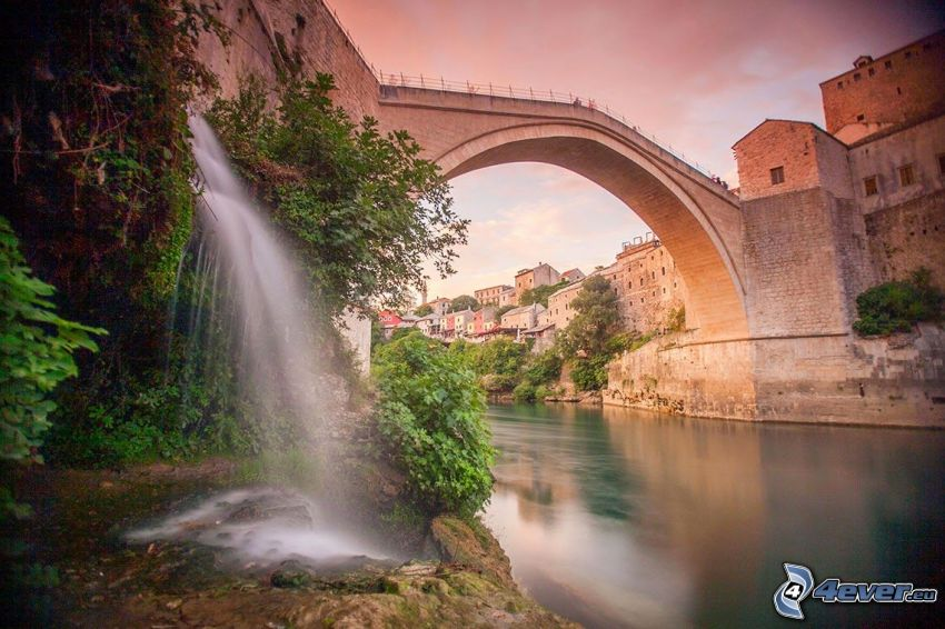Stari Most, cascata, Neretva, Mostar