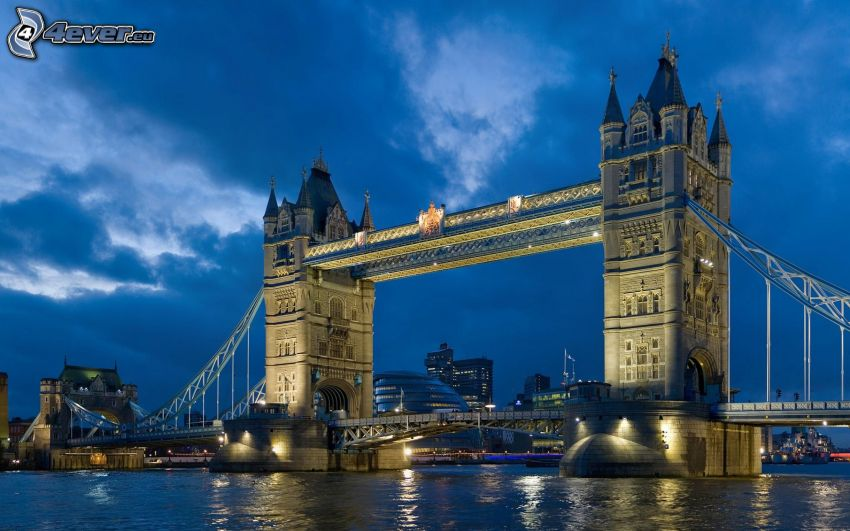 Tower Bridge, Londra, Tamigi