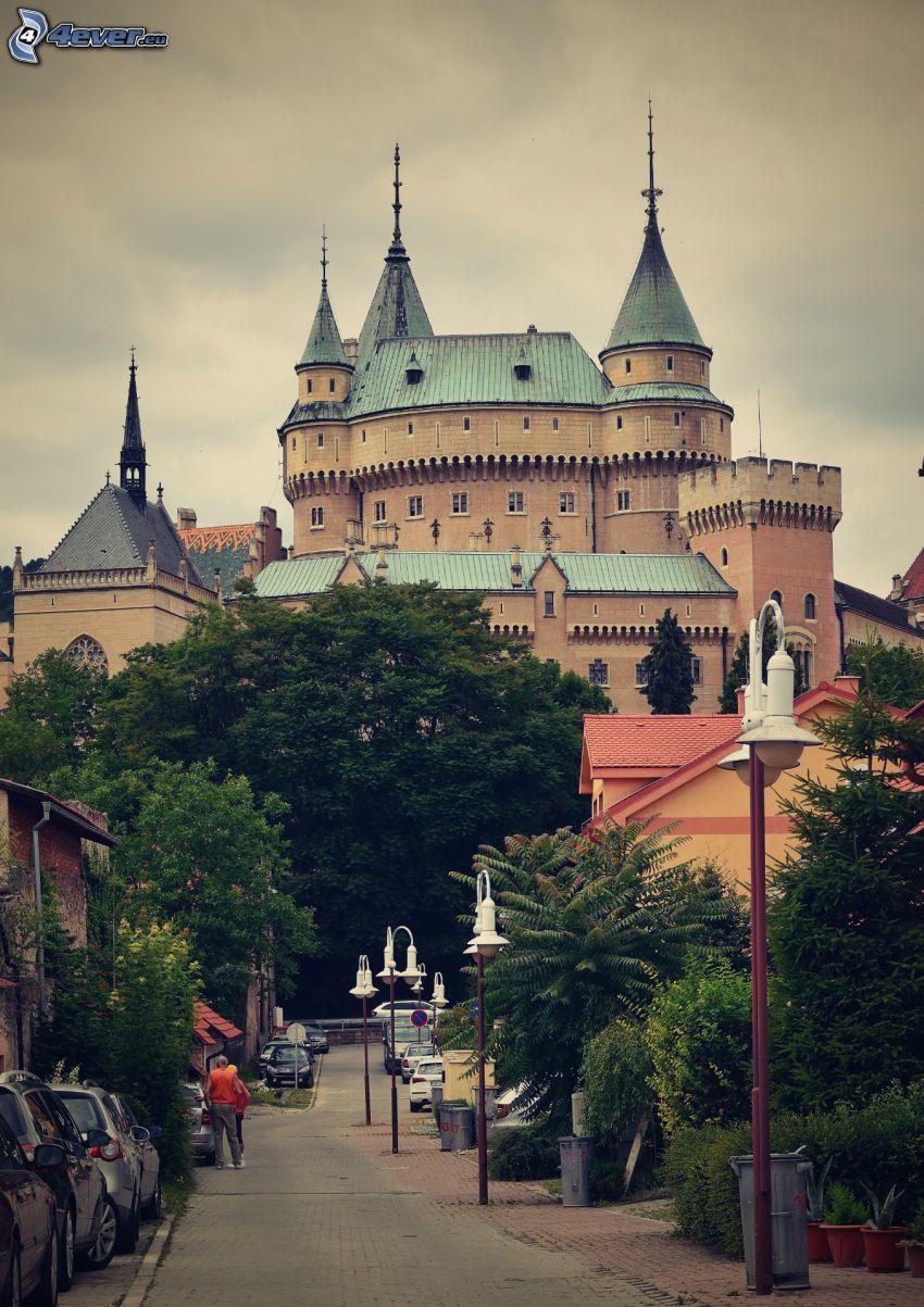 castello Bojnice, strada