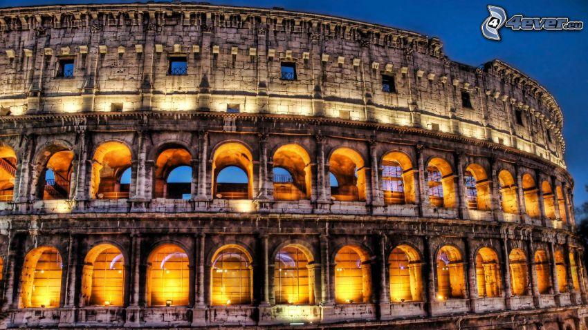Colosseo, sera