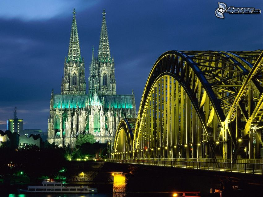 Duomo di Colonia, ponte illuminato, città di sera, Hohenzollern Bridge