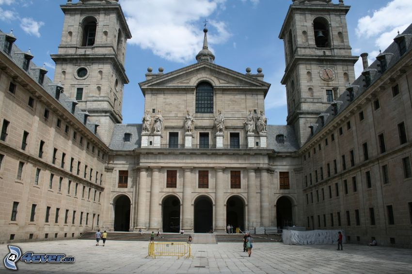 El Escorial, cortile, torri