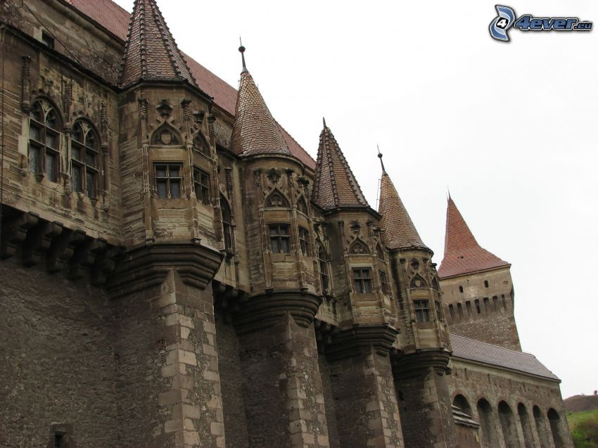 Hunyad, castello