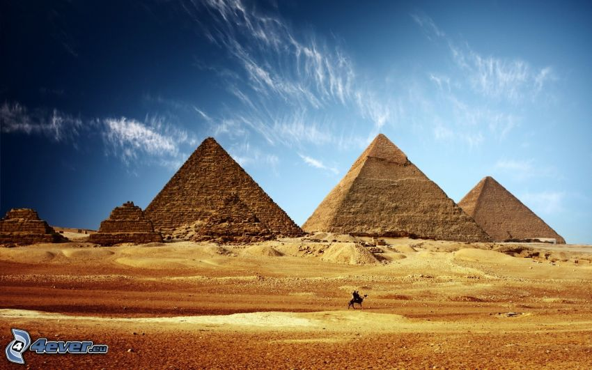 piramidi di Giza, deserto
