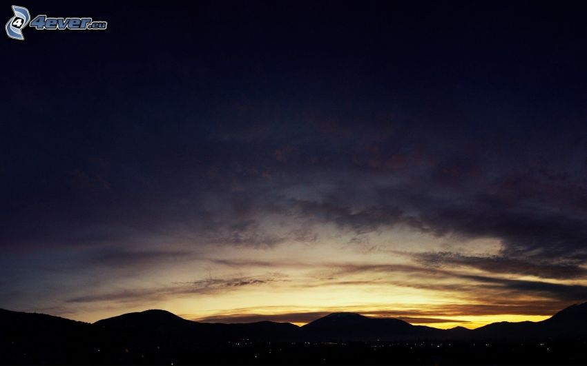 cielo di sera, montagna