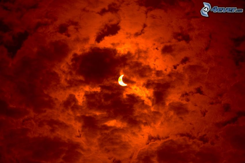 luna, nuvole arancioni