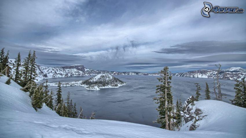 Crater Lake, Oregon, lago, montagne innevate