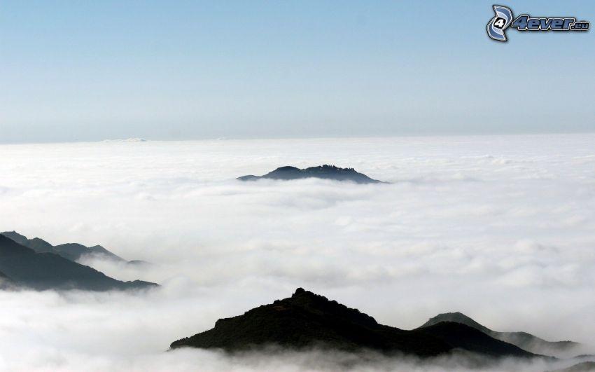 inversione termica, sopra le nuvole