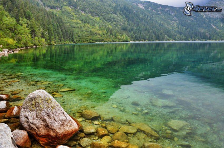 Kolsai Lakes, lago di montagna