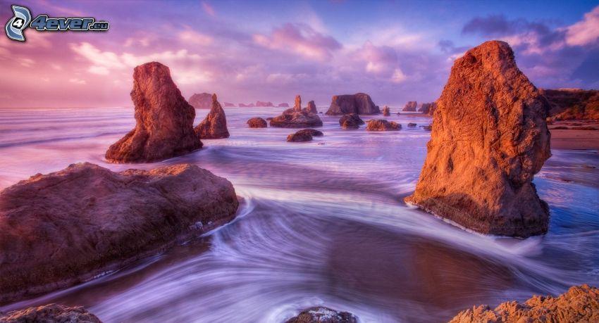 costa rocciosa, mare, cielo viola, HDR