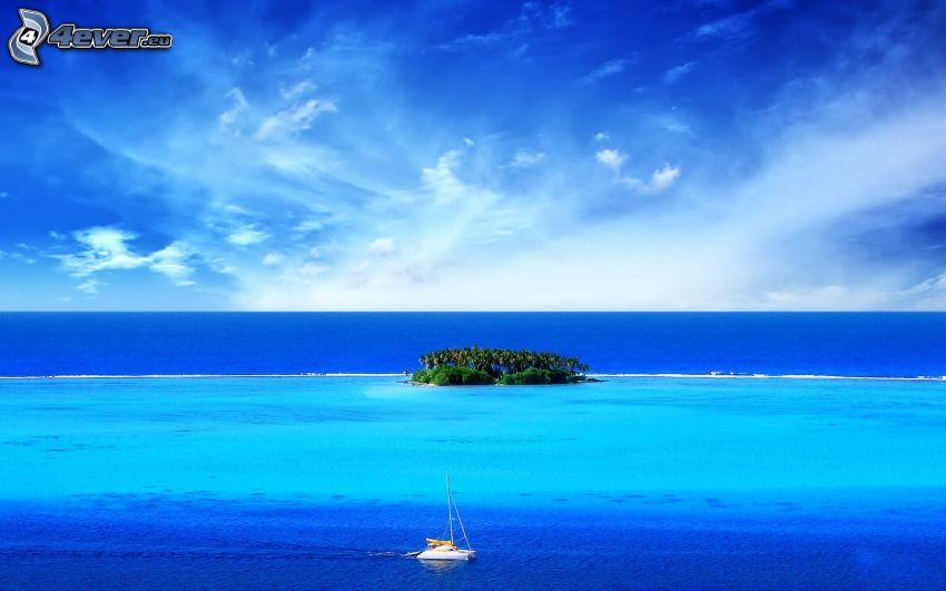 Maldive, piccola isola, barca sul mare, acqua blu