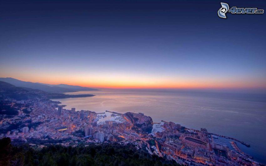 Monaco, vista sul mare, case, levata del sole
