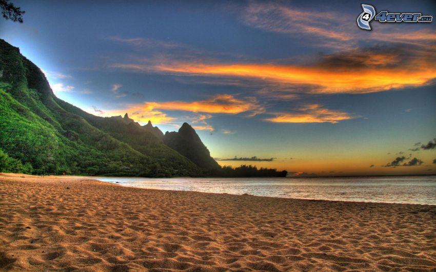 spiaggia, mare, montagna, cielo di sera, HDR