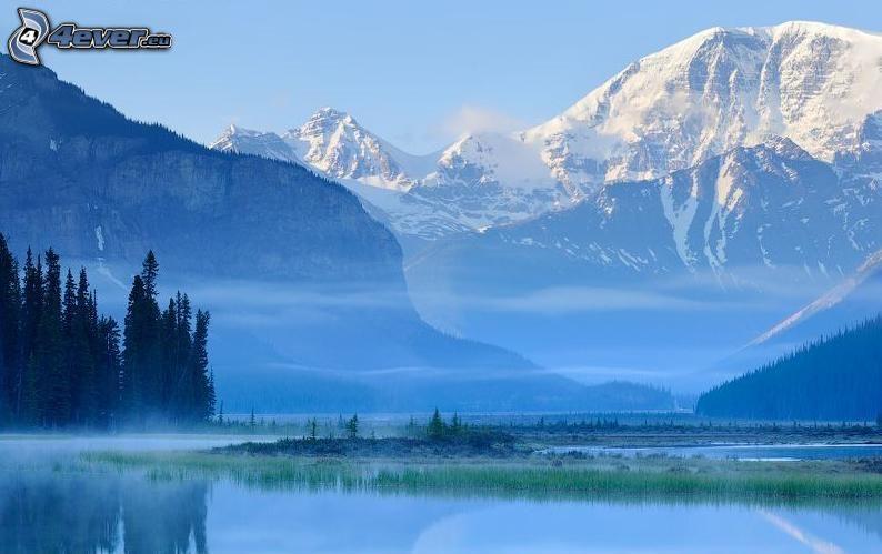 montagne innevate, lago