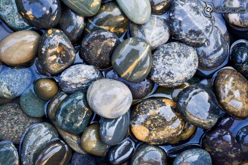 pietre fiumali, acqua