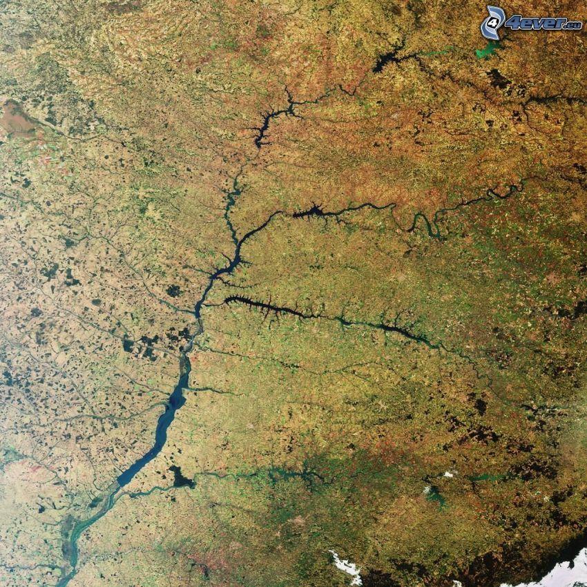 il fiume, immagini satellitari