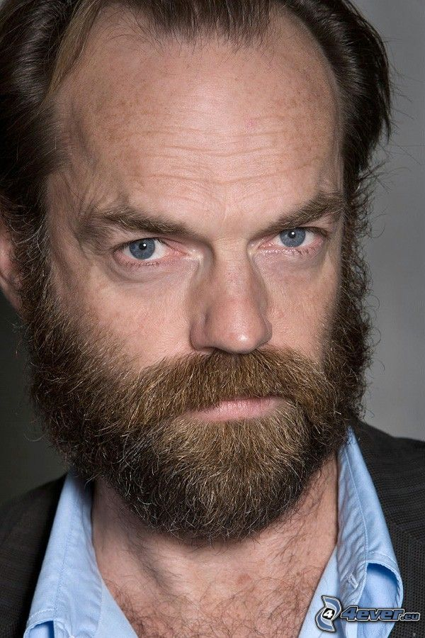 Hugo Weaving, barba