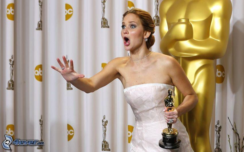 Jennifer Lawrence, oscar, abito bianco, urlo