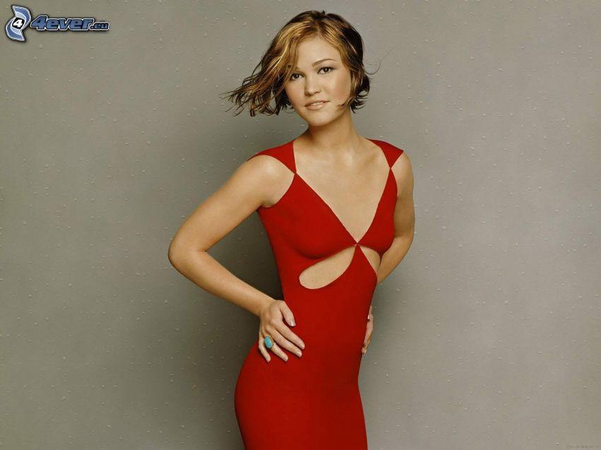 Julia Stiles, vestito rosso