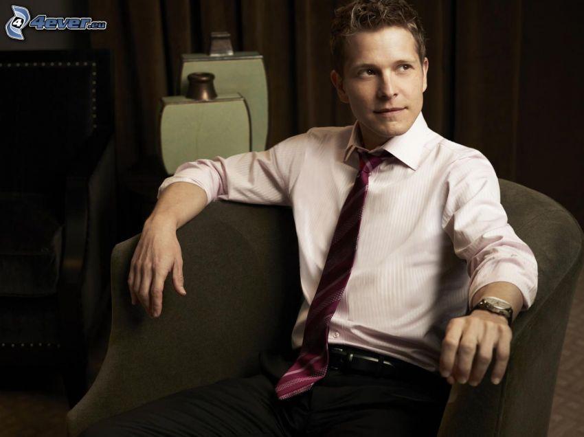 Matt Czuchry, sedia