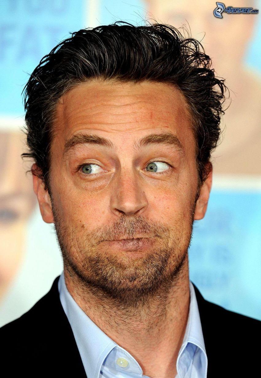 Matthew Perry, facce