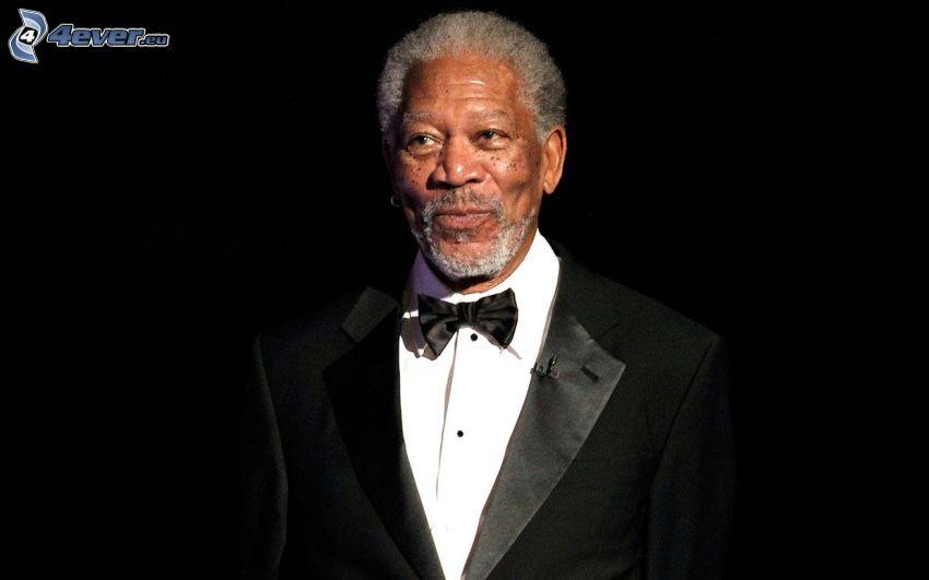Morgan Freeman, uomo in abito, cravatta a farfalla