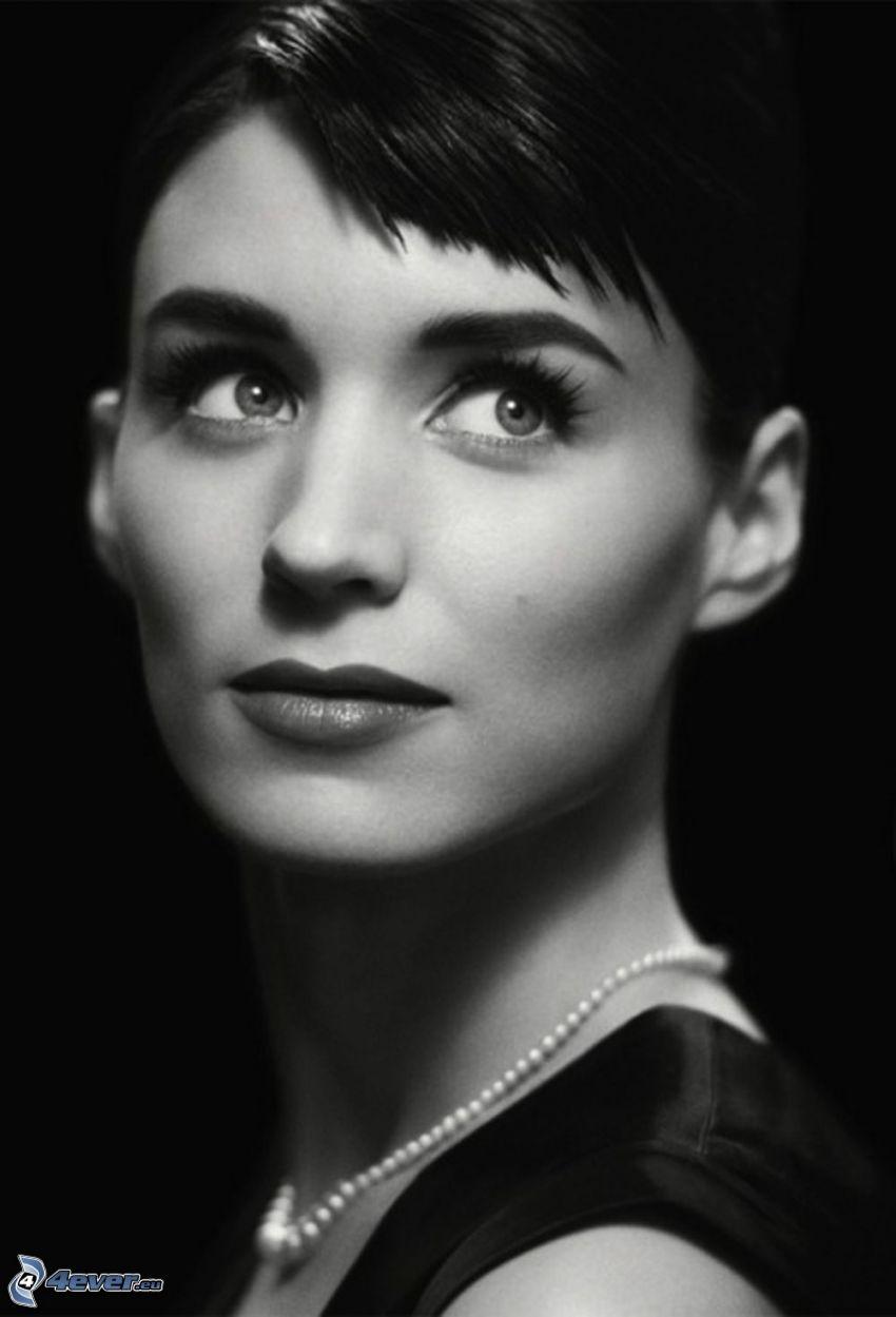Rooney Mara, abito nero