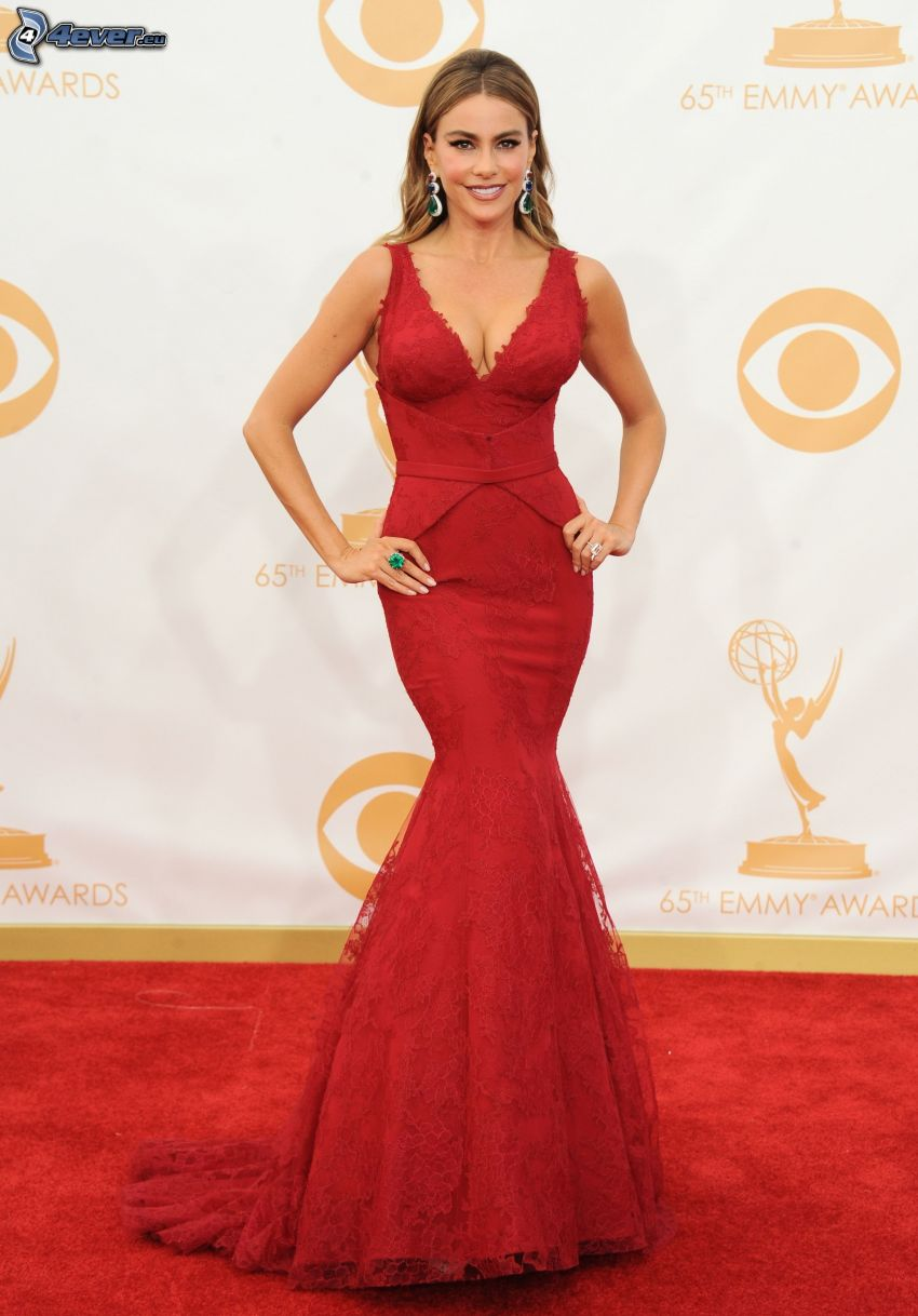 Sofia Vergara, vestito rosso