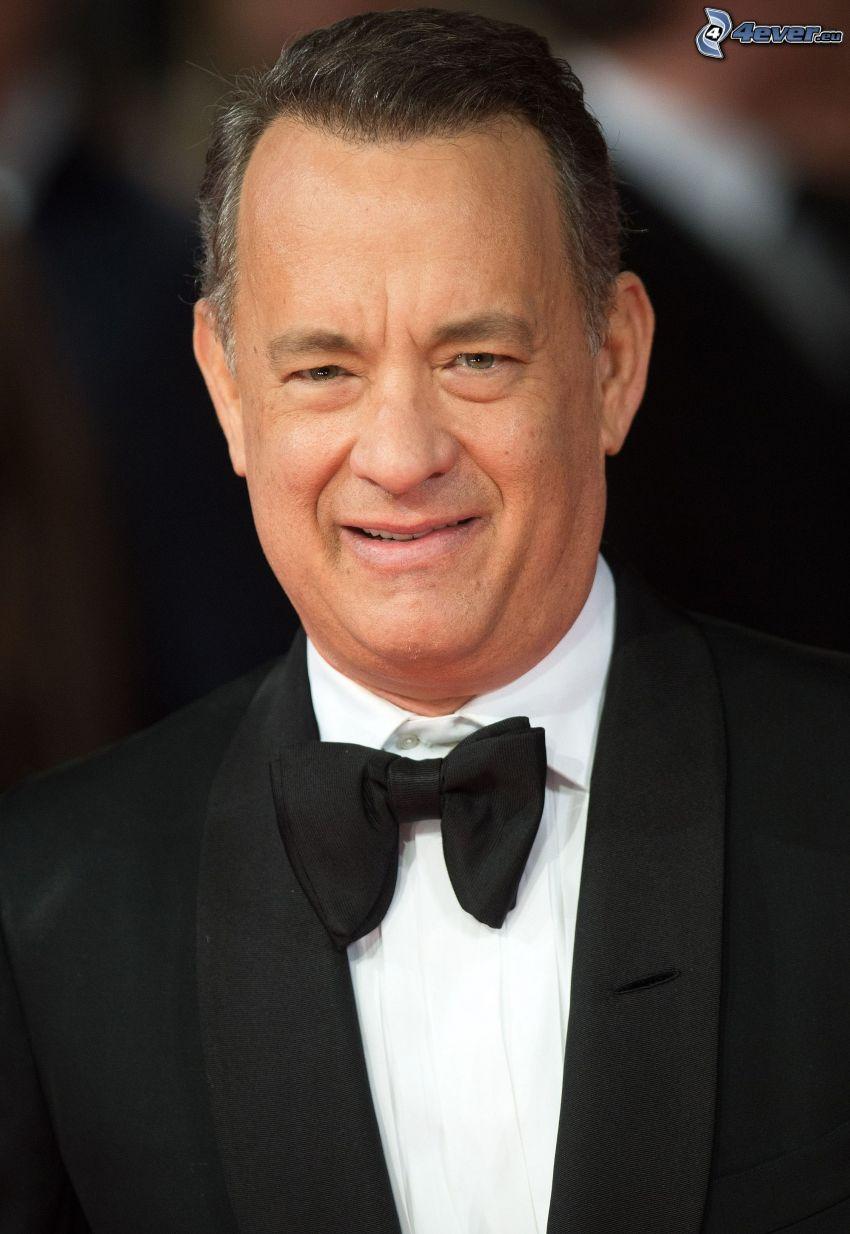 Tom Hanks, uomo in abito, cravatta a farfalla