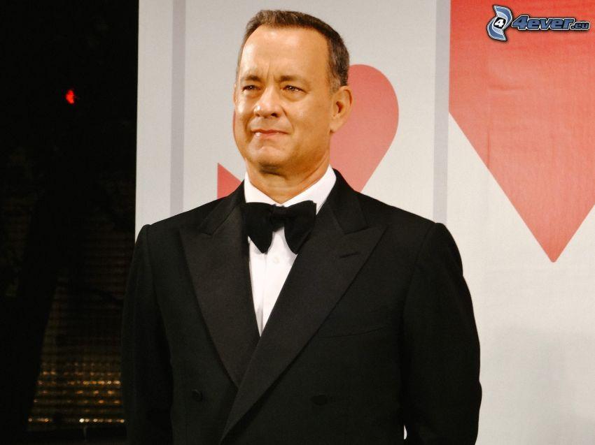 Tom Hanks, uomo in abito
