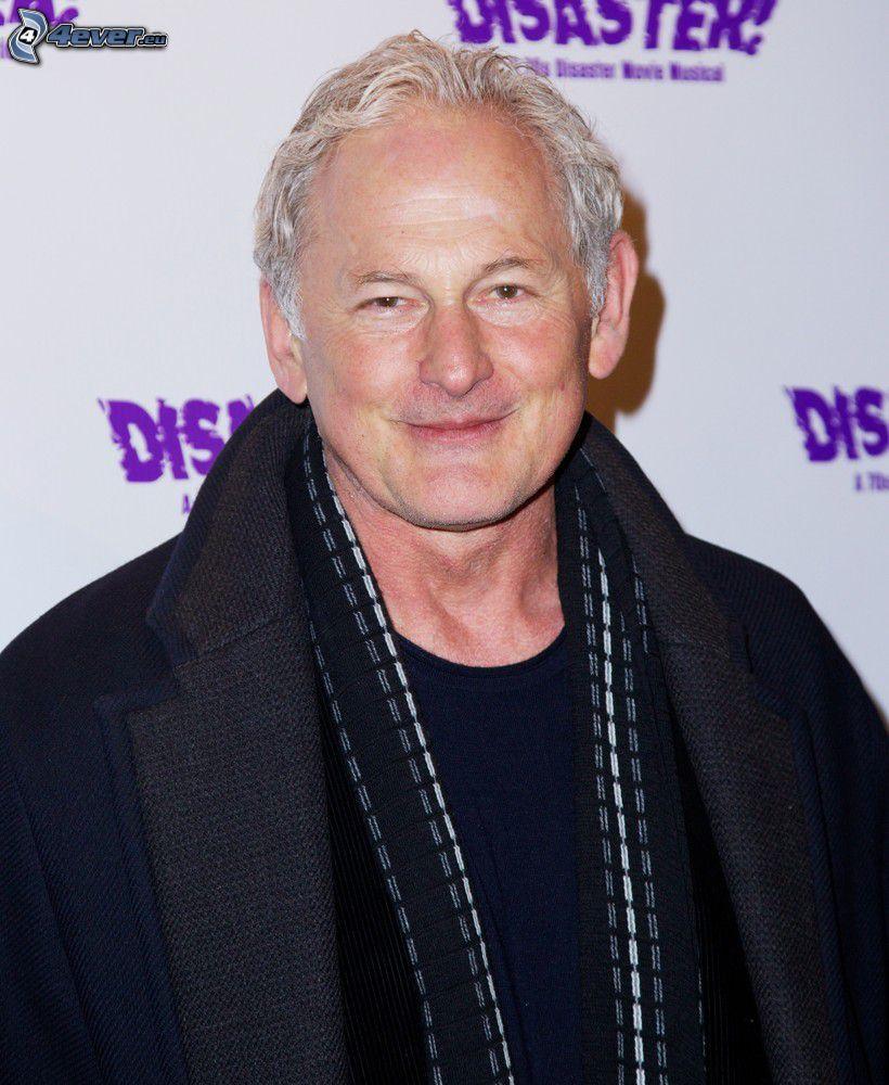 Victor Garber, cappotto