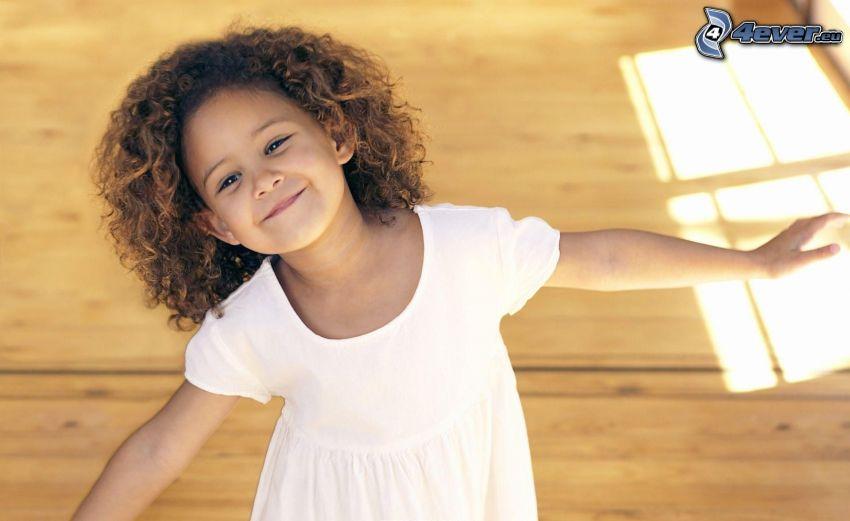 ragazza, sorriso, abito bianco