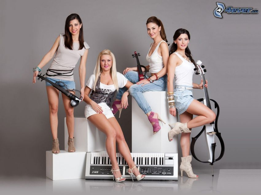 donne, strumenti musicali