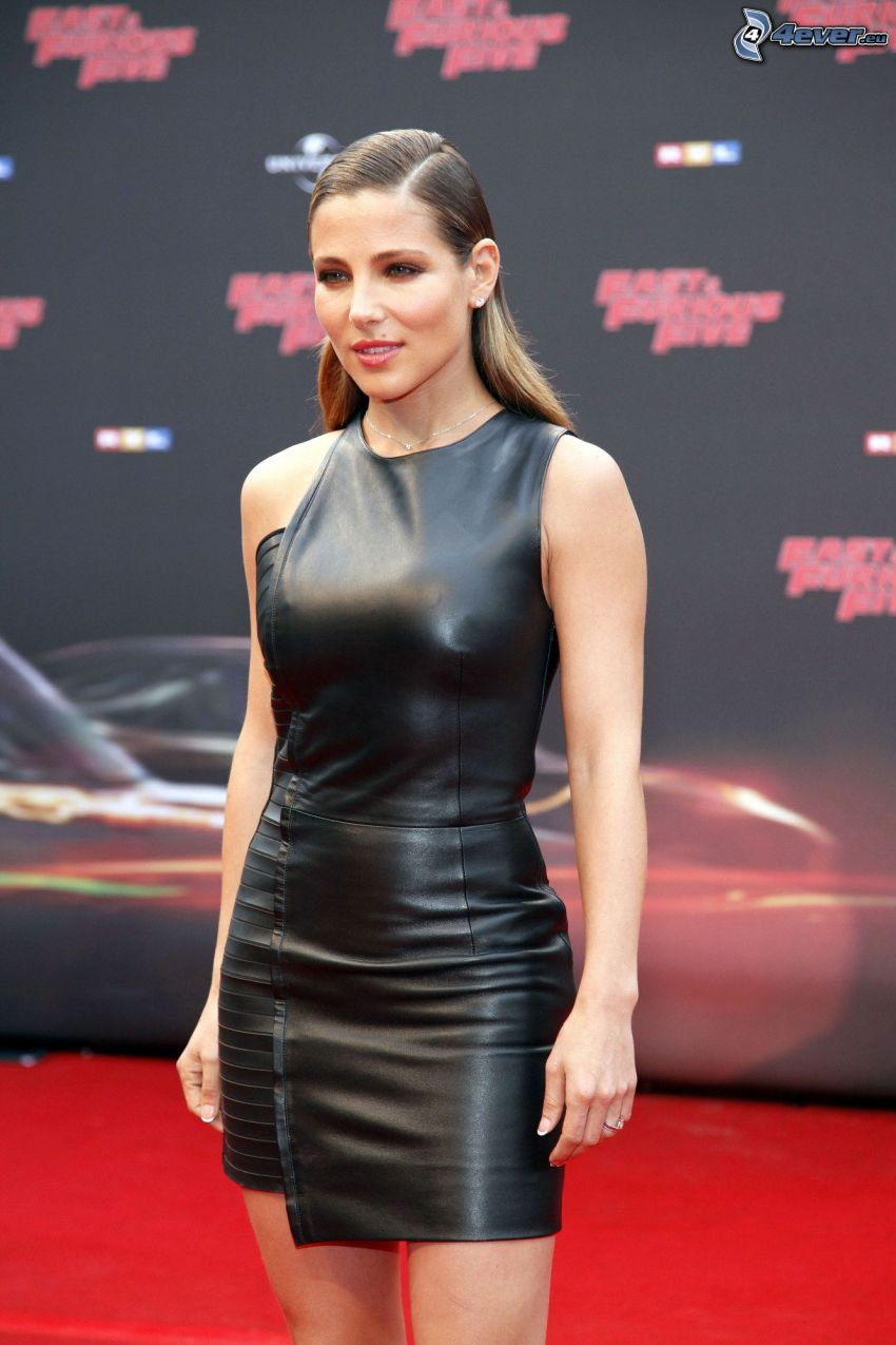 Elsa Pataky, abito nero
