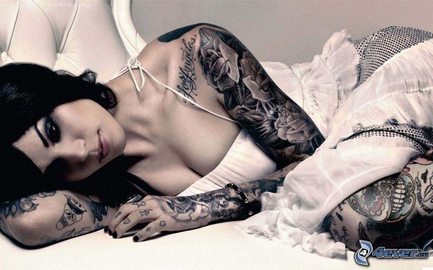 Kat Von D, tatuaggio