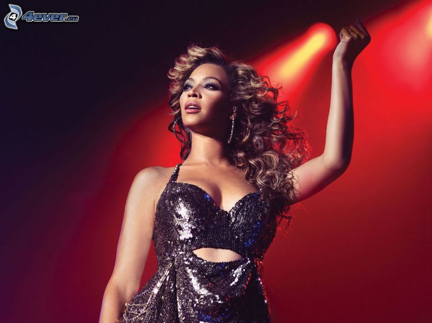 Beyoncé Knowles, abito nero