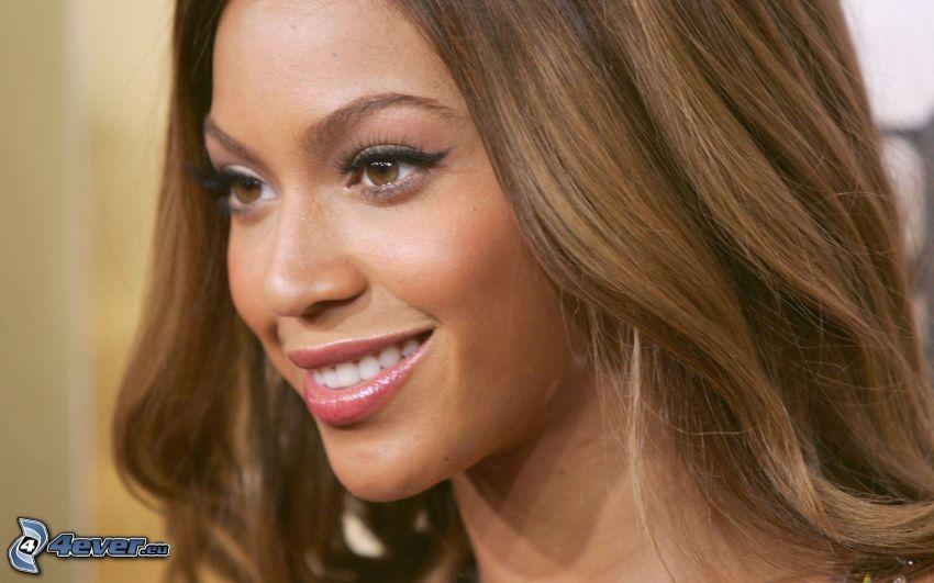 Beyoncé Knowles, cantante, sorriso