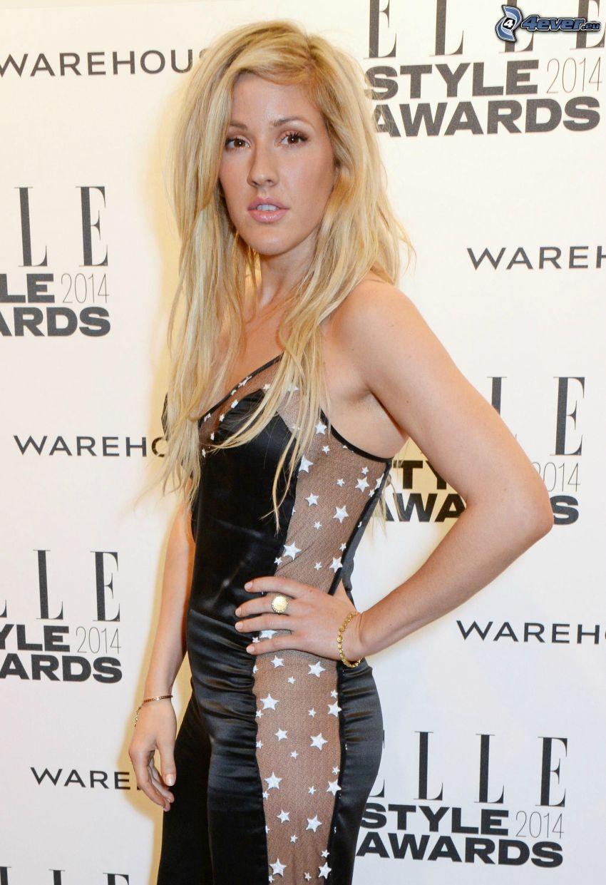 Ellie Goulding, abito nero