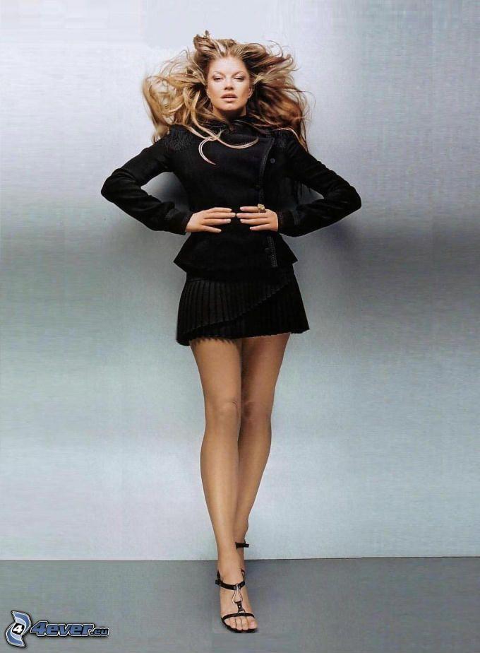 Fergie, abito nero