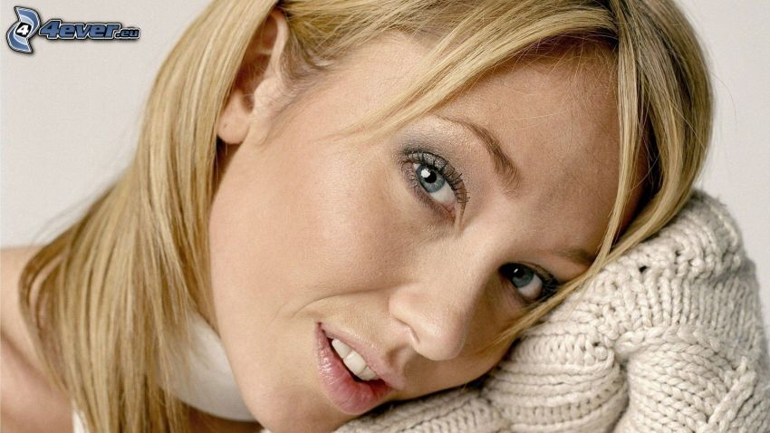 Jenny Frost, maglione
