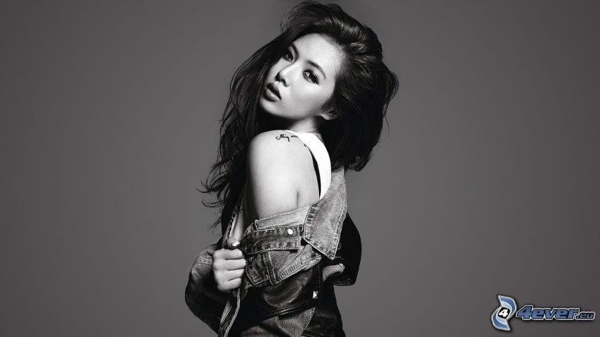 Kim Hyuna, foto in bianco e nero